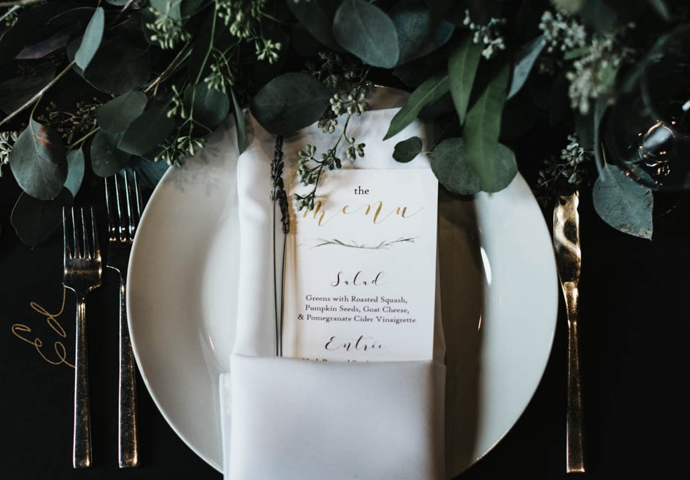 5 Tips for Inexpensive Winter Wedding Decor