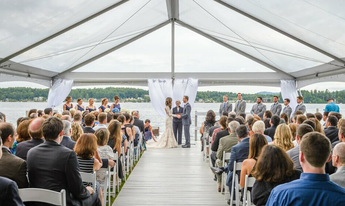 4 Tips for Planning In Case of A Rainy Wedding Day
