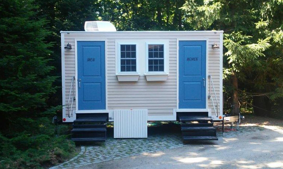 Seacoast Valetta Luxury Mobile Restroom for Wedding