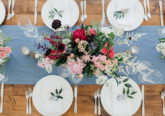 4 Beautiful (and Inexpensive) Ways to Decorate Your Wedding Reception Tables